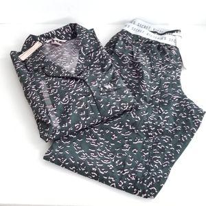 Victoria's Secret Cheetah Print Pajama Set🌸🌸